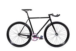 Das State Bicycle Galaxy, ein Singlesped mit eloxierten Teilen.