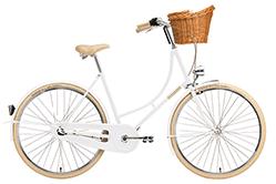 Cremes Hollandrad in weiß.