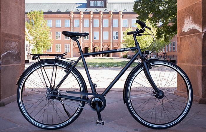 Fahrräder Trekkingräder RadFreund Trekking schwarz matt